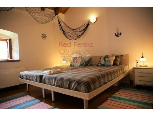 Kotor Körfezi'nde Villa, Kotor-Bay satılık müstakil ev, Kotor-Bay satılık müstakil ev