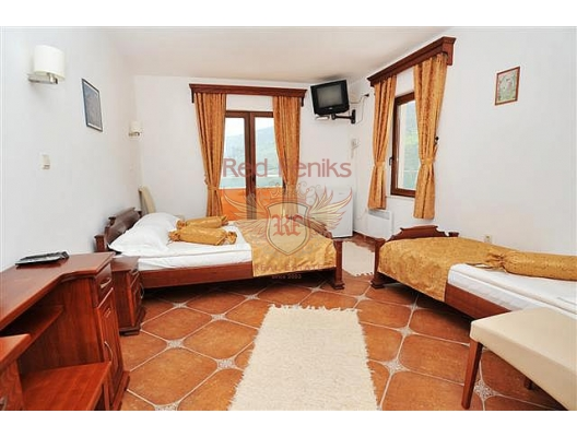 Hotel in Djenovici, property with high rental potential Herceg Novi, buy hotel in Baosici