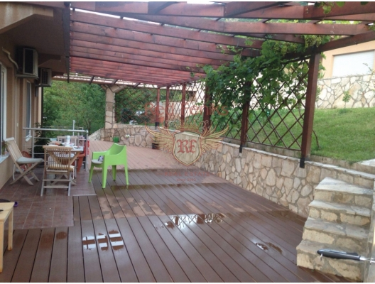 Bir köy kompleksinde bulunan mükemmel daire, Karadağ da satılık ev, Montenegro da satılık ev, Karadağ da satılık emlak