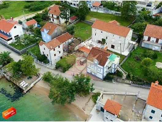 Kotor Körfezi'nde Villa, Dobrota satılık müstakil ev, Dobrota satılık müstakil ev, Kotor-Bay satılık villa