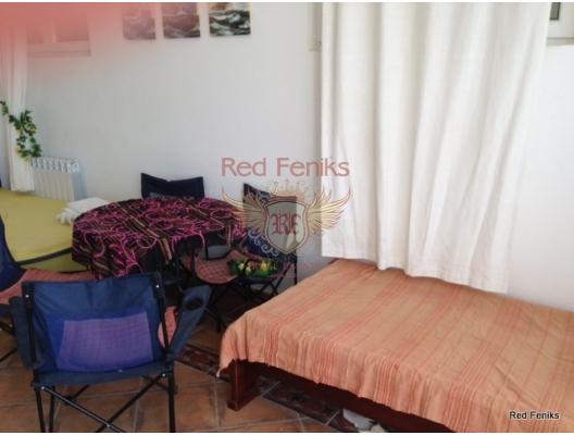 Sv.Stefan'da iki odalı bir daire, Karadağ satılık evler, Karadağ da satılık daire, Karadağ da satılık daireler