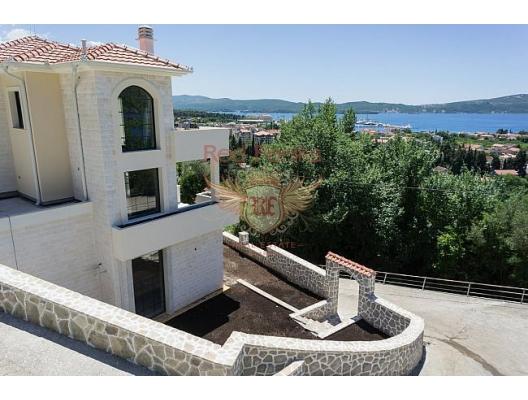 Tivat'ta Villa, Karadağ da satılık havuzlu villa, Karadağ da satılık deniz manzaralı villa, Bigova satılık müstakil ev