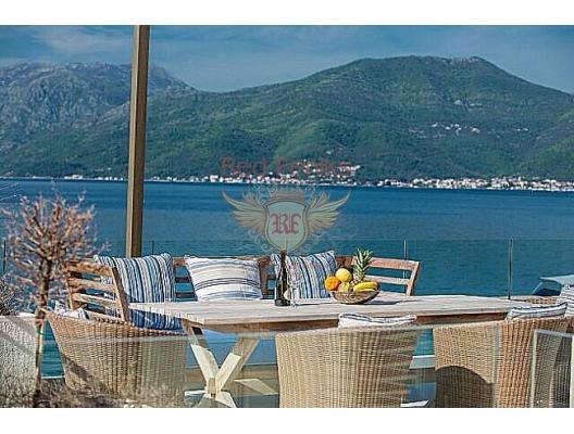 Vila u Krašićima, Karadağ da satılık havuzlu villa, Karadağ da satılık deniz manzaralı villa, Krasici satılık müstakil ev