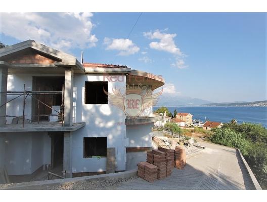 Tivat Koyu'nda panoramik deniz manzaralı ev, Karadağ da satılık havuzlu villa, Karadağ da satılık deniz manzaralı villa, Baosici satılık müstakil ev