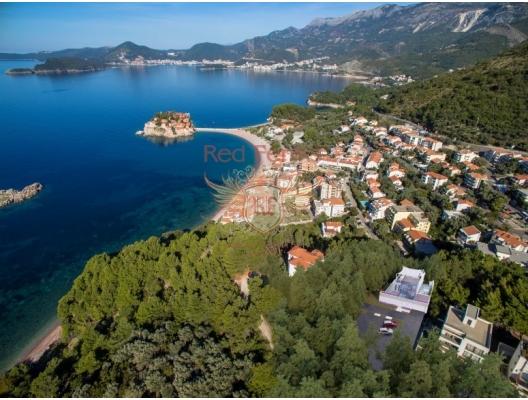 Deniz manzaralı bir çam ormanında modern villa ve St. Stephen, Karadağ Villa Fiyatları Karadağ da satılık ev, Montenegro da satılık ev, Karadağ satılık villa