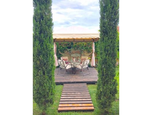 Budva Lastva Grbaljska, Güzel Villa, Karadağ satılık ev, Karadağ satılık müstakil ev, Karadağ Ev Fiyatları