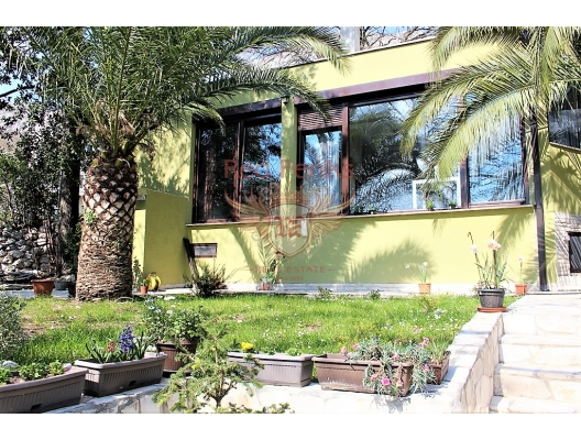 Orahovac köyünde güzel ev, Karadağ Villa Fiyatları Karadağ da satılık ev, Montenegro da satılık ev, Karadağ satılık villa