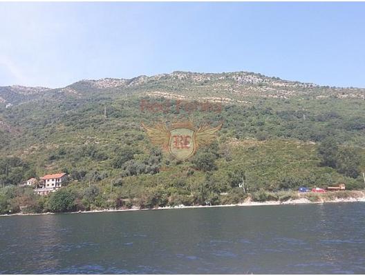 Panoramic plot on the first line in Kamenari, plot in Montenegro for sale, buy plot in Kotor-Bay, building plot in Montenegro