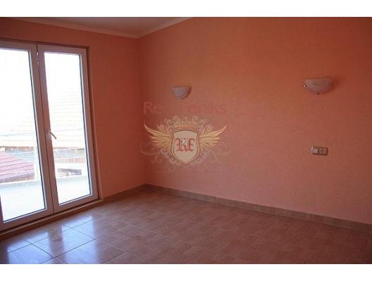 Suscepan'da deniz manzaralı ev, Karadağ Villa Fiyatları Karadağ da satılık ev, Montenegro da satılık ev, Karadağ satılık villa