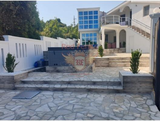 Dobra Voda'da havuzlu ev, Karadağ da satılık havuzlu villa, Karadağ da satılık deniz manzaralı villa, Bar satılık müstakil ev