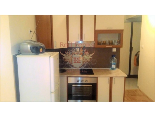 Urgent sale! One bedroom apartment in bečići, Montenegro.