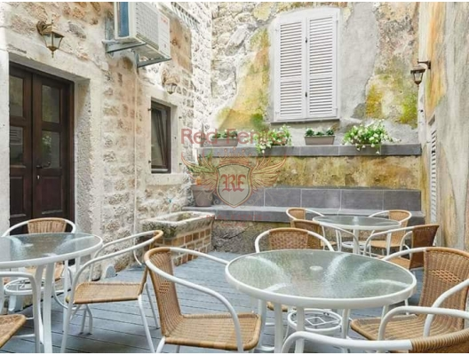 Kotor Old Town'da Satılık Hostel, Karadağ da satılık işyeri, Karadağ da satılık işyerleri, Budva da Satılık Hotel