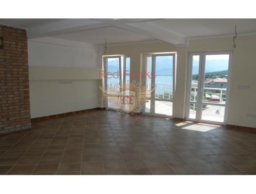 Krasici'de su kenarinda daire, Karadağ satılık evler, Karadağ da satılık daire, Karadağ da satılık daireler