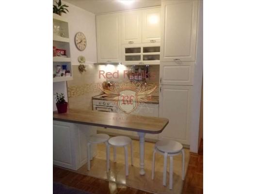 Petrovac'da 45 m2 Daire, becici satılık daire, Karadağ da ev fiyatları, Karadağ da ev almak