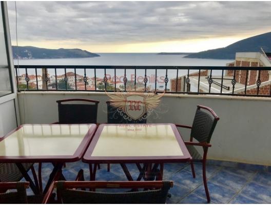 Karadağ, Herceg Novi, Topla'da satılık rahat daire.