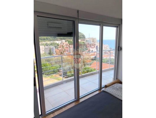 Two Bedroom Apartment with Beautiful Sea View in Rafailovici, apartments for rent in Becici buy, apartments for sale in Montenegro, flats in Montenegro sale