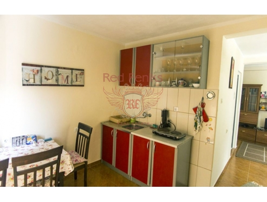 Well maintained house for living and renting, buy home in Montenegro, buy villa in Region Bar and Ulcinj, villa near the sea Bar