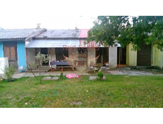 Spacious house near Skadar lake, Gluhi Do, buy home in Montenegro, buy villa in Central region, villa near the sea Cetinje