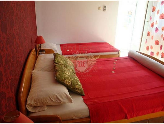 Mini hotel in Herceg Novi, property with high rental potential Herceg Novi, buy hotel in Baosici