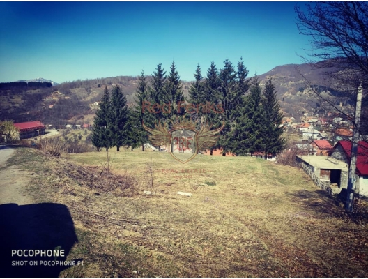 Land for sale,perfect location! Nearby railway station Kolašin ,with breathtaking view! Land area: about 4000 m2 with possibility of buying plots separately.