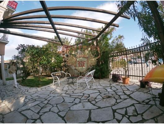 Kıyı Şeridinde Mini Hotel, karadağ da satılık dükkan, montenegro satılık cafe