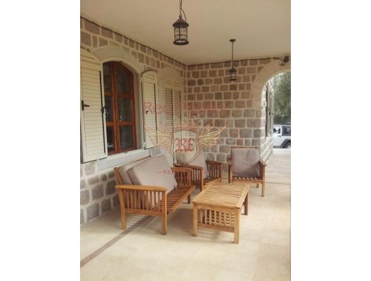 Yeniden İnşa Gerektiren Ev, Region Budva satılık müstakil ev, Region Budva satılık villa