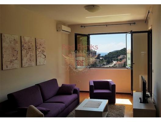 Beçiçi'de 1+1 Daire mutfak, yatak odası, banyo, teras, koridorlu bir oturma odasından oluşmaktadır.