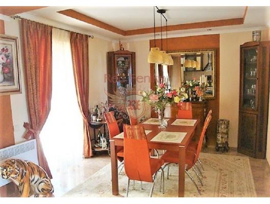 Kumbor'da panoramik manzaralı muhteşem ev, Baosici satılık müstakil ev, Baosici satılık müstakil ev, Herceg Novi satılık villa