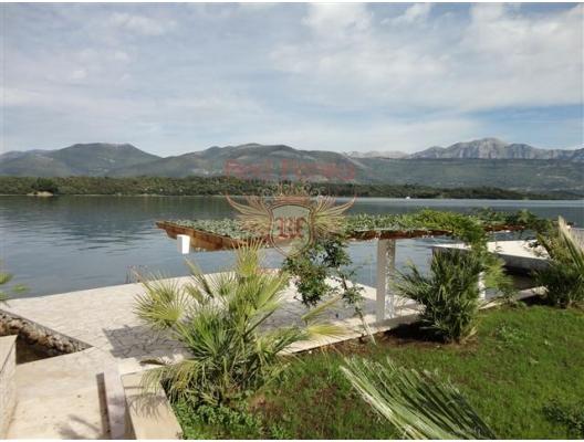 Djurasevici'de geniş daireler, Lustica, Montenegro da satılık emlak, Krasici da satılık ev, Krasici da satılık emlak