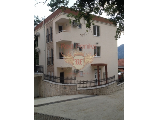 Kora, Orahovac, Boka Kotorska Koyu, Karadağ manzaralı bir sitede satılık iki yatak odalı daireler, becici satılık daire, Karadağ da ev fiyatları, Karadağ da ev almak