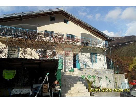Zelenika'da güzel ev, Karadağ da satılık havuzlu villa, Karadağ da satılık deniz manzaralı villa, Baosici satılık müstakil ev