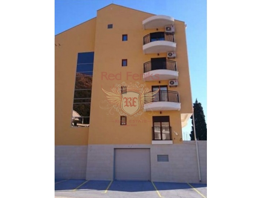 Petrovac'ta yeni bir evde üç daire, Becici da satılık evler, Becici satılık daire, Becici satılık daireler