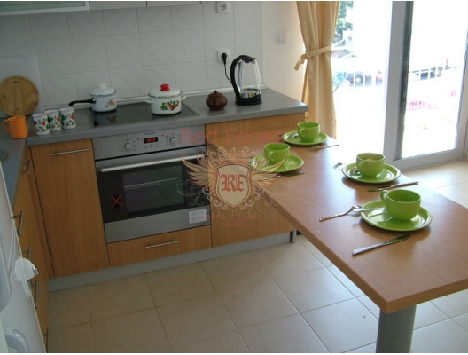 Petrovac'da İki Yatak Odalı Daire 2+1, Karadağ da satılık ev, Montenegro da satılık ev, Karadağ da satılık emlak