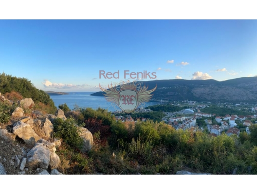 Cozy house with panoramic sea views in Herceg Novi House for sale in Suschepan area of 110 m2.