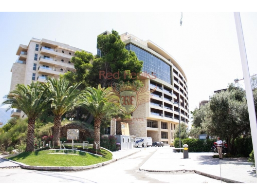 Hotel apartment for sale in Budva,Montenegro, investment with a guaranteed rental income, serviced apartments for sale