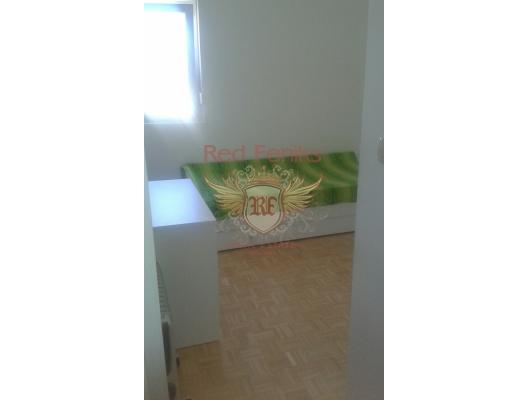 Budva'da iki odalı bir daire., Becici dan ev almak, Region Budva da satılık ev, Region Budva da satılık emlak