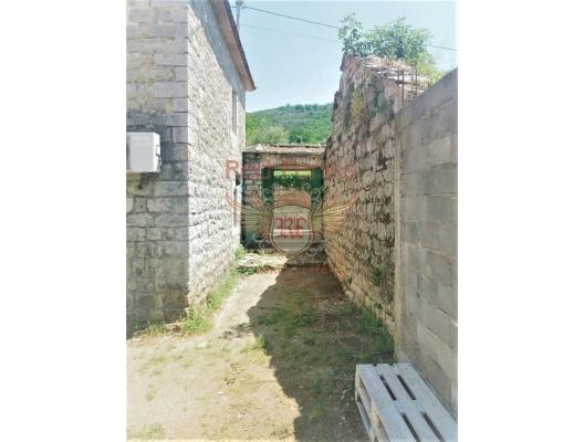The stone house in Zelenika, buy home in Montenegro, buy villa in Herceg Novi, villa near the sea Baosici