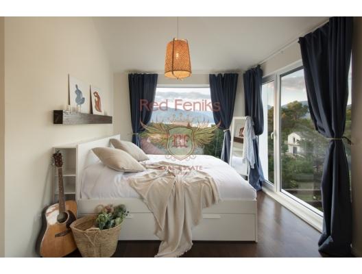 Bjelila'da deniz manzaralı ve havuzlu üç yatak odalı villa, Karadağ da satılık havuzlu villa, Karadağ da satılık deniz manzaralı villa, Krasici satılık müstakil ev