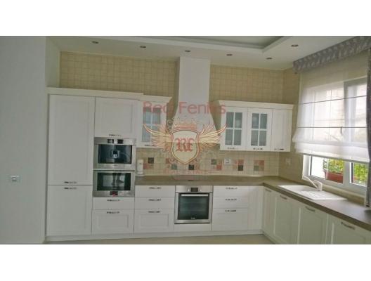 Budva'da yeni villa, Karadağ da satılık havuzlu villa, Karadağ da satılık deniz manzaralı villa, Becici satılık müstakil ev