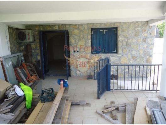 House for renovation in Seoce, buy home in Montenegro, buy villa in Region Budva, villa near the sea Becici