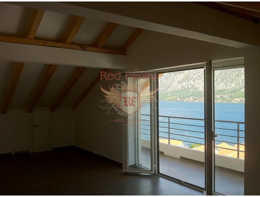 New villa with pool and sea views in the Bay of Kotor, house near the sea Montenegro