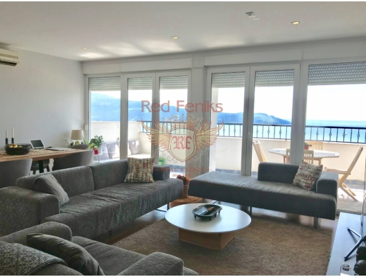 Spacious apartment with 2 bedrooms and sea views in Herceg Novi, apartment for sale in Herceg Novi, sale apartment in Baosici, buy home in Montenegro