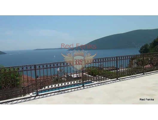 New villa with fantastic panoramic views over the bay and out into the Adriatic, buy home in Montenegro, buy villa in Herceg Novi, villa near the sea Baosici
