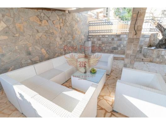 Beçiçi'de Elit Tatil Köyünde Villa, Becici satılık müstakil ev, Becici satılık müstakil ev, Region Budva satılık villa
