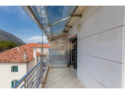 Dobrota, Kotor'da İki Yatak Odalı Daire, Karadağ da satılık ev, Montenegro da satılık ev, Karadağ da satılık emlak