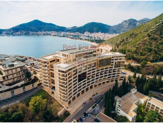 SOLD For sale apartment with 1 bedroom and living room near the sea with panoramic views of the sea and mountains, the total area of 45 m2.