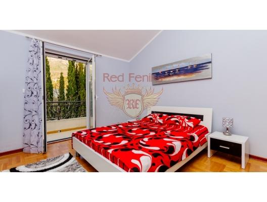 Becici'de deniz manzaralı bütün kat üç yatak odalı ev, Becici da satılık evler, Becici satılık daire, Becici satılık daireler