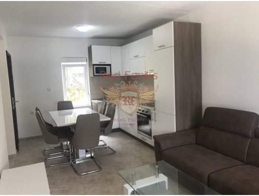 Ilk hattında ev, Kostanjica'da, Dobrota satılık müstakil ev, Dobrota satılık müstakil ev, Kotor-Bay satılık villa