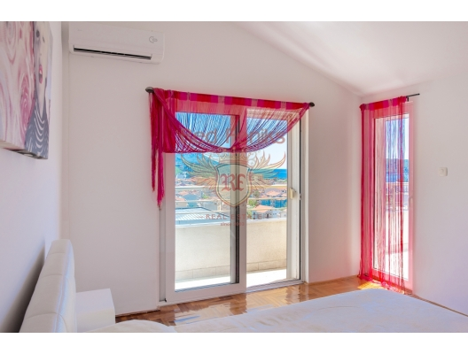 Three Bedroom Apartment In Budva, apartment for sale in Region Budva, sale apartment in Becici, buy home in Montenegro