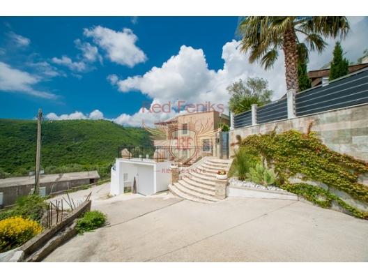 Becici'de Yeni Villa, Karadağ da satılık havuzlu villa, Karadağ da satılık deniz manzaralı villa, Becici satılık müstakil ev